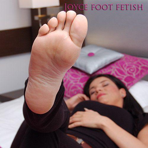 Joyce foot fetish